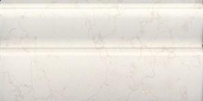 Плинтус Белгравия светлый обрезной